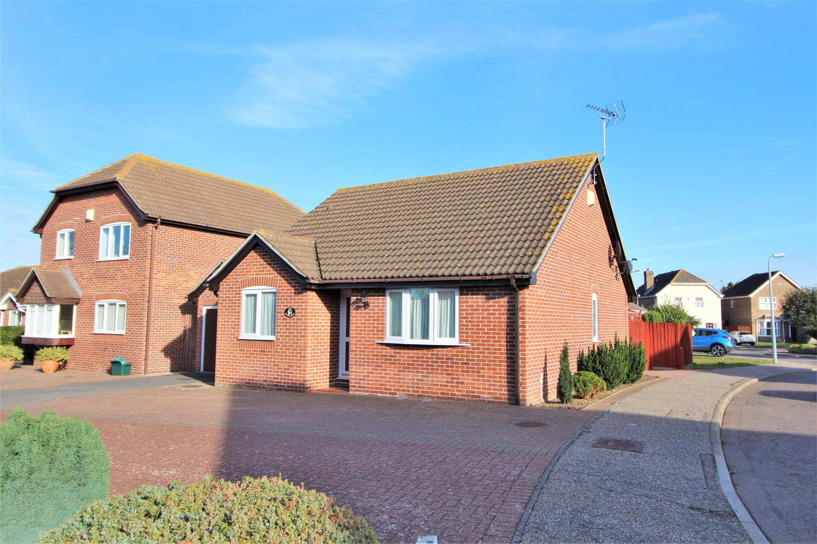 Blaine Drive, Kirby Cross, Essex, CO13 0UR